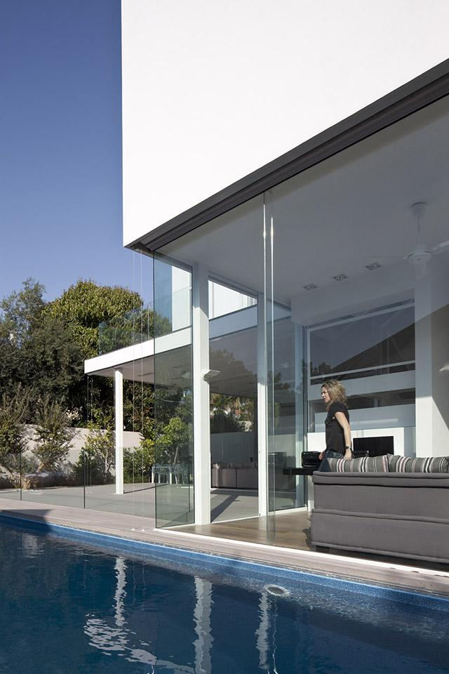 L shape house 19