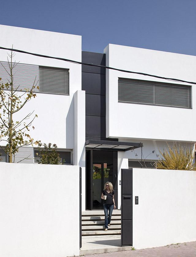 L shape house 2