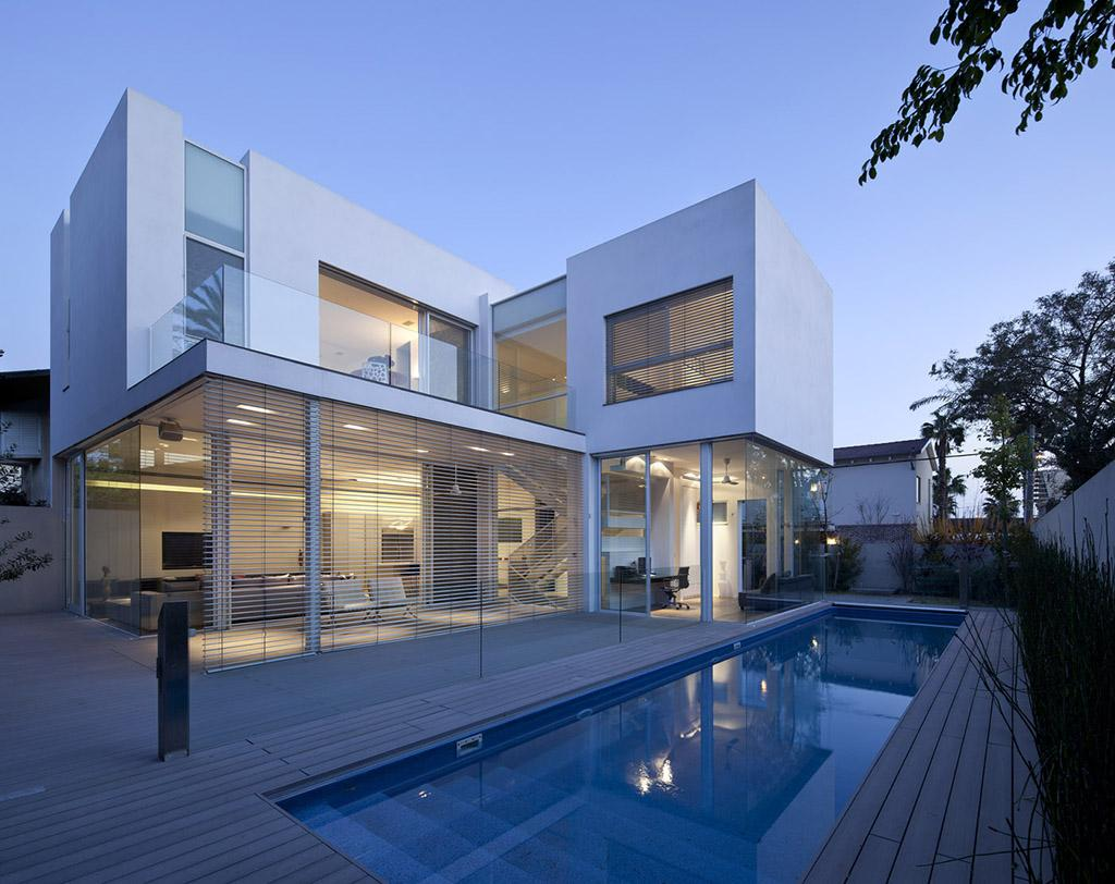 L shape house 21